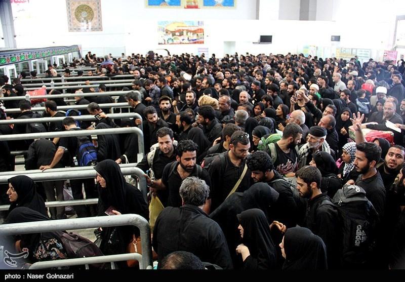 تمامی افرادی که مهر خروج از مرز مهران در رواديدشان خورده است می توانند از هر دو مرز شلمچه و چذابه نیز عبور کنند.